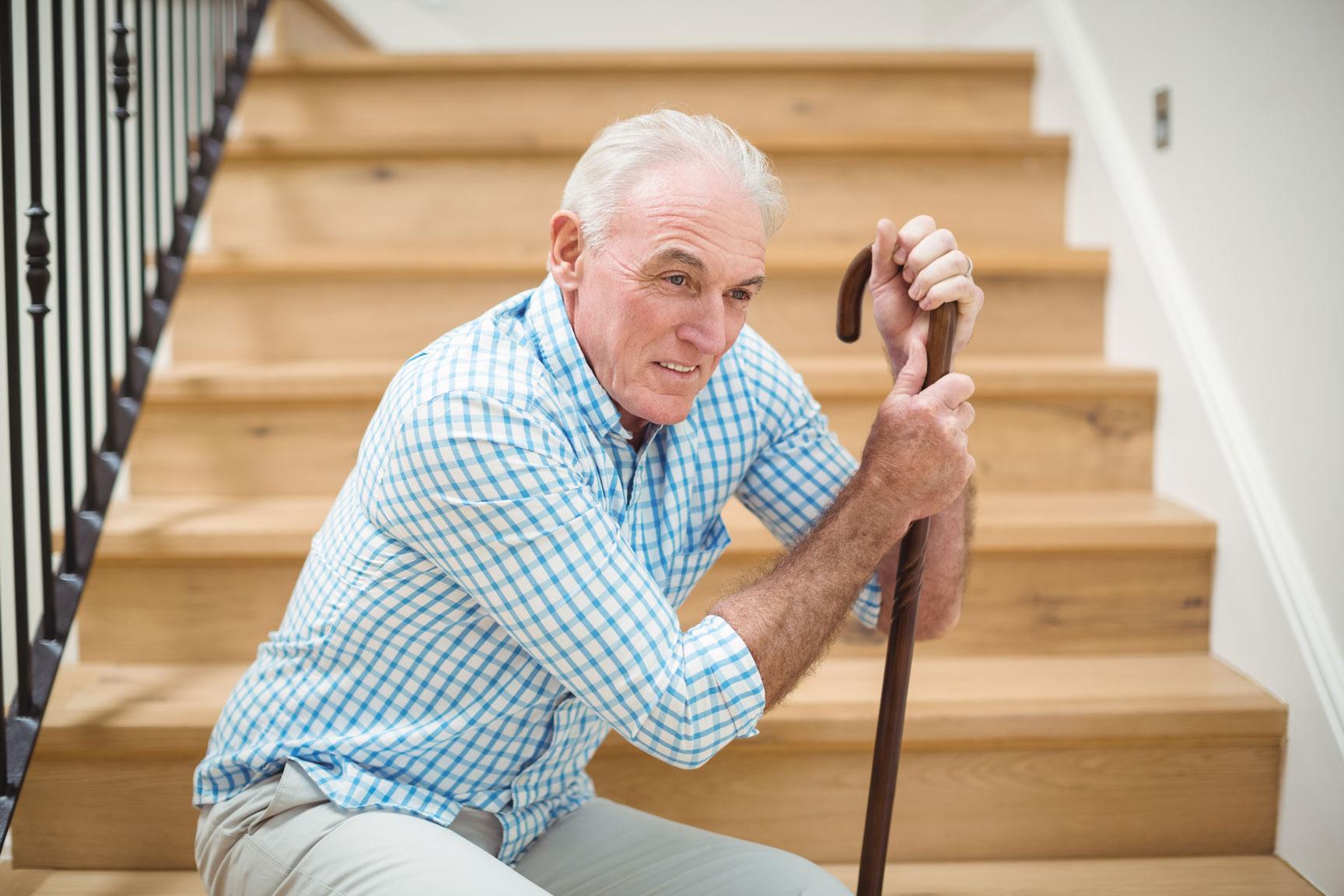 Elderly-man-on-stairs